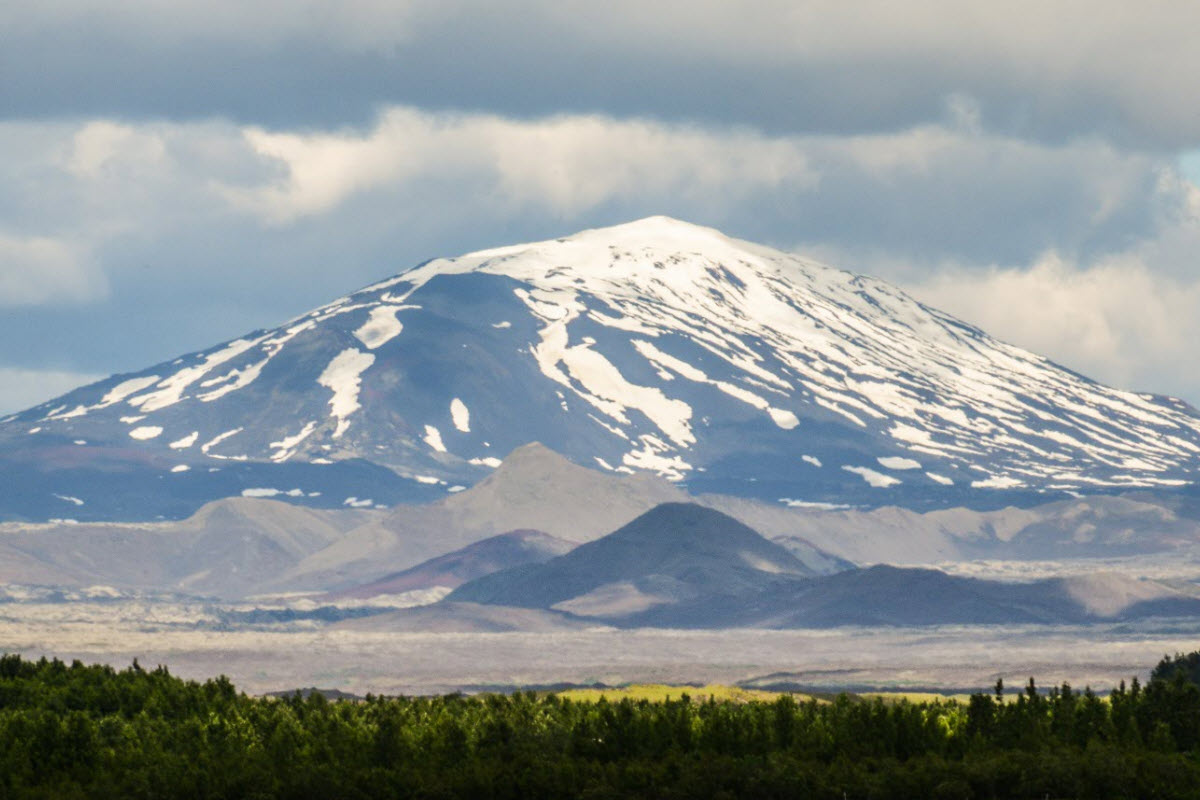 Hekla volcano is very active and is expected to erupt any time now