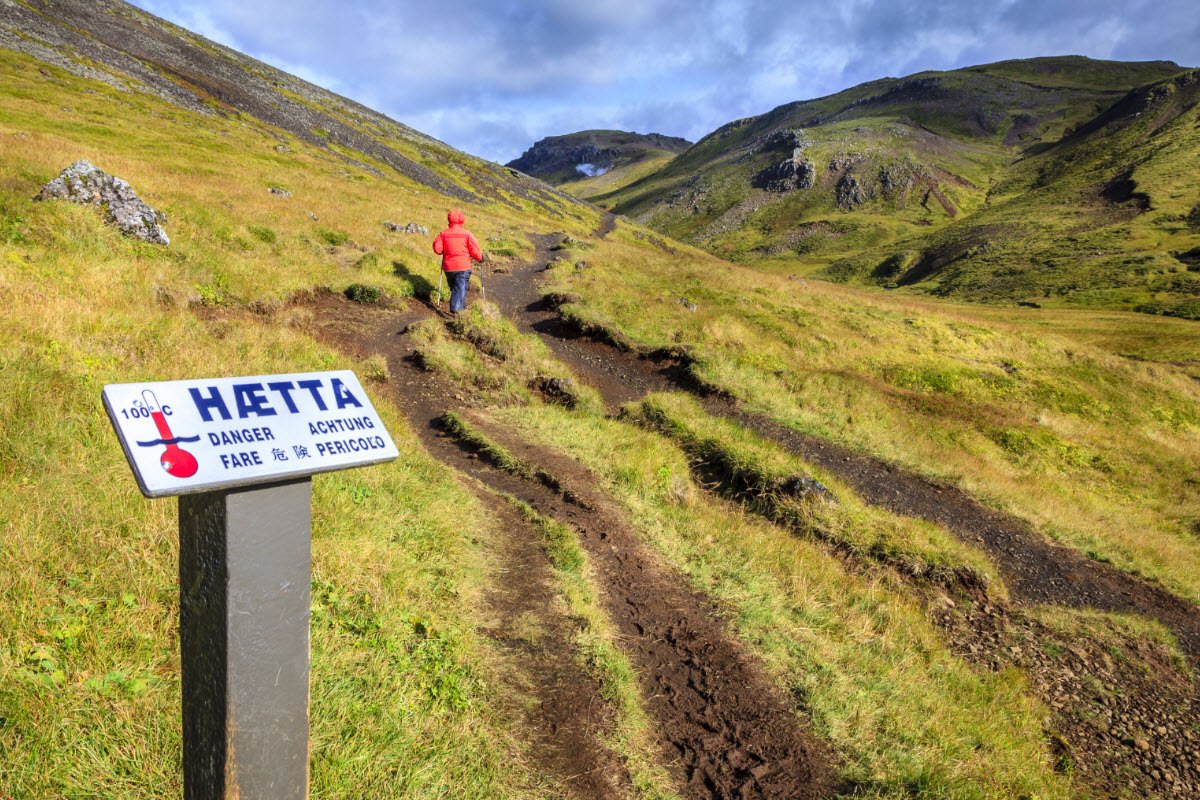 Be safe and stay on the paths when walking in Reykjadalur