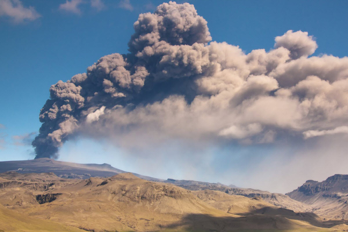 Eyjafjallajokull eruption in 2010 Iceland